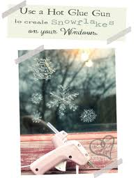 Christmas Window Decorations Snowflakes by 7 Diy Christmas Window Decorations You U0027ll Love Shelterness