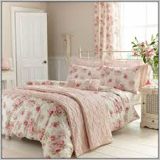 Bedding With Matching Curtains Matching Curtains Wallpaper And Bedding Homedesignview Co
