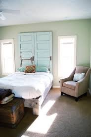 Floor To Ceiling Headboard Remodelaholic 100 Ways To Use Old Doors
