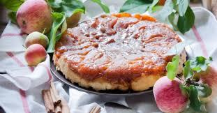 tarte tatin cuisine az 15 tartes tatin légères mais non moins gourmandes fourchette et
