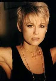 lorrie morgan short hairstyles and a cute asymetrical cut hair