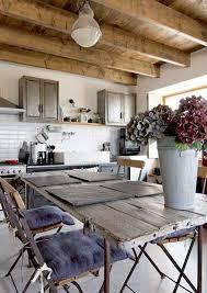 cuisine maison ancienne merveilleux deco maison ancienne avec poutre 3 une cuisine de
