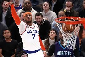 Carmelo Anthony Bench Press Carmelo Anthony Kristaps Porzingis Lead New York Knicks Past