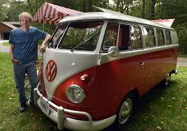 bmw hippie van framingham man u0027s restored 1960 vw microbus is way cool news