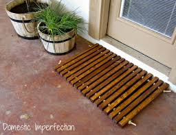 using wood diy doormat using wood rope