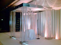 Empty Vase Closter Nj White Chuppah With Suspended Glass Terraniums арки Pinterest