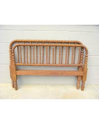 amazing deal jenny lind bed full size antique heirloom spindle