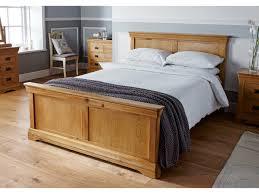 Queen Vs King Size Bed Uk Oak Beds In Double U0026 Kingsize Sizes Bedroom Furniture