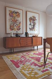 how to 10 easy ways to decorate your dining room with art room