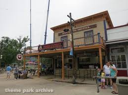 Six Flags Hotel Crackaxle Canyon At Six Flags Fiesta Texas Theme Park Archive