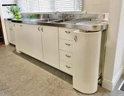 art deco style kitchen cabinets 142 best art deco kitchens images on pinterest art deco