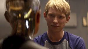 watch domhnall gleeson stars opposite a seductive robot in u0027ex