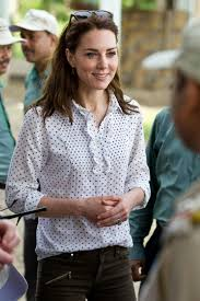 kate middleton wore 50 zara pants to tour the jungle during her