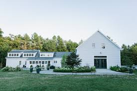 Inexpensive Wedding Venues In Maine The Wedding Barns Of Maine