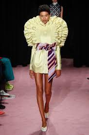 rolf s jourdana phillips viktor rolf s s 2018 haute couture trend