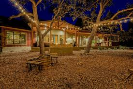 Landscape Lighting Houston Tx Outdoor Lighting Tips To Get You Through Fall Hgtv S Decorating