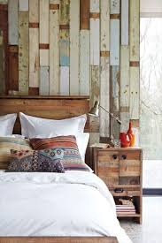 rustic bedroom decor ideas drum shape white table lamp wooden wall