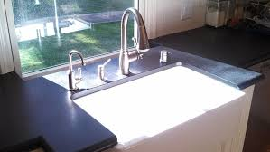 pros and cons of farmhouse sinks cage design buildkitchen sinks pros and cons to the farmhouse sink