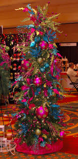 themed christmas tree decorations great tips on decorating a christmas tree with more baubles and
