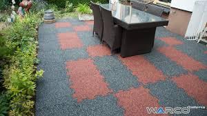 pavimentazione giardino prezzi pavimenti per esterni in gomma
