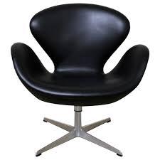 leather swivel tilt swan chair by arne jacobsen for fritz hansen