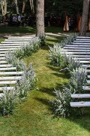 Small Backyard Wedding Ceremony Ideas by 25 Best Outdoor Wedding Aisles Ideas On Pinterest Outdoor