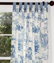 Blue Toile Curtains The Attention To The Spacing For The Pleats And The Spaces