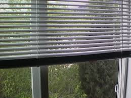 Venetian Blinds How To Clean How To Clean Mini Blinds Without Taking Them Down Hunker