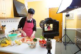 cuisiner à domicile millénaire vlogging vidéo blogging cuisson tutoriel démonstration de