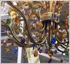 New Orleans Chandeliers New Orleans Style Decorating Get The Big Easy Look