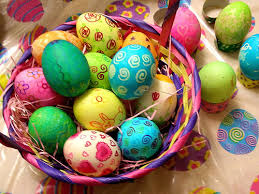boiling eggs for easter dying decorating easter eggs how to boil and hollow out an egg and