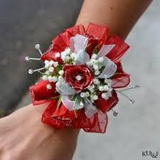 Prom Wristlets Prom Wristlet U0026 Boutonniere Kui U0026 I Florist Llc Hilo Hawaii