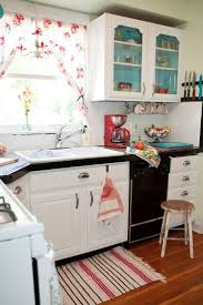 retro small kitchen design ideas featuring curved white finish oak