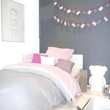 chambre fille grise deco chambre gris et mauve chambre fille violet argent chambre fille