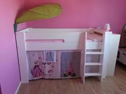 les chambre pour filles chambre pour petites filles et fillettes avec lit enfant fille idees