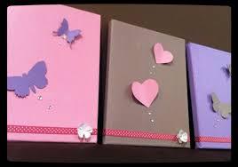 tableau deco chambre fille déco chambre fille coeur et papillon violet taupe l