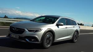 opel insignia country tourer preview