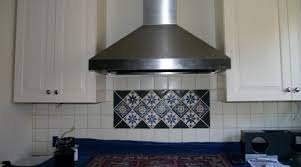 extracteur hotte cuisine hotte aspirante ou extracteur choix d électroménager