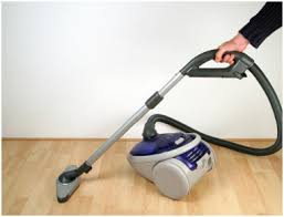 the best ways to select the vacuum cleaner for wood floorings