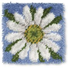 Latch Hook Rugs Latch Hook Rug Kit Daisy
