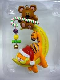 carlton heirloom ornament 2012 garfield and odie cxor053b