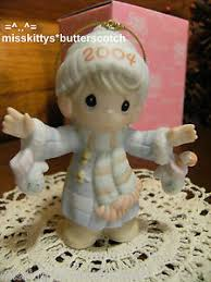 precious moments ornament 117784 dated 2004 s mitten with the