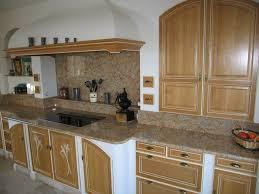 cuisines anciennes fabrication rénovations de cheminées sur mesure à toulon et draguignan