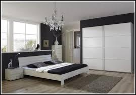 schlafzimmer komplett guenstig beautiful schlafzimmer komplett günstig contemporary