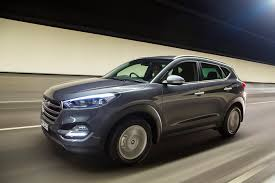 hyundai jeep 2015 2017 hyundai tucson review live prices and updates whichcar