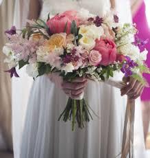 pretty in pink wedding flowers