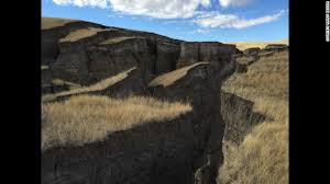 Wyoming mountains images Wyoming awe curiosity over huge 39 crack 39 in bighorn mountains cnn jpg