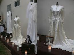 display wedding dress 8 ways to use your s wedding dress in your big day