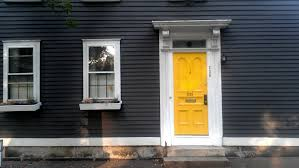 yellow door meaning unac co