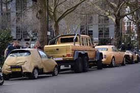 chrome gold ferrari ford ka gets gold makeover to match saudi billionaire u0027s